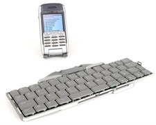 Universal Bluetooth Keyboard for Smartphones